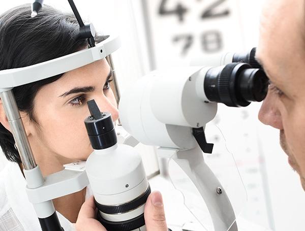 servizi professionali controllo della vista, Centro Ottico Castelmaggiore, Bologna