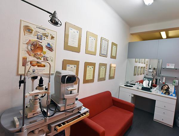 laboratorio, Centro Ottico Castelmaggiore, Bologna